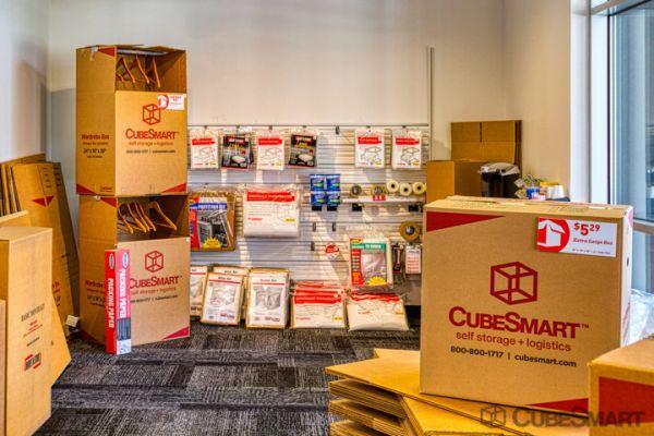 CubeSmart Self Storage - Houston - 5321 Richmond Ave 5321 Richmond Avenue Houston, TX - Photo 6