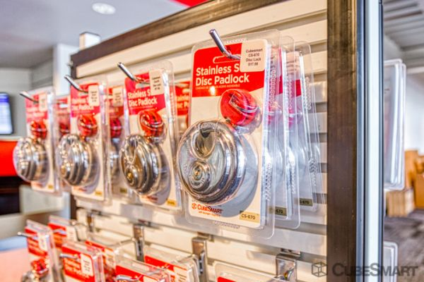 CubeSmart Self Storage - Houston - 5321 Richmond Ave 5321 Richmond Avenue Houston, TX - Photo 7