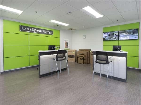 Extra Space Storage - Valrico - Bloomingdale Av East 2402 Bloomingdale Avenue Valrico, FL - Photo 3