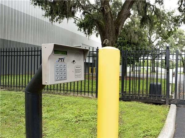 Extra Space Storage - Valrico - Bloomingdale Av East 2402 Bloomingdale Avenue Valrico, FL - Photo 5