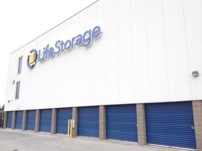 Life Storage - San Antonio - 16939 Nacogdoches Road 16939 Nacogdoches Road San Antonio, TX - Photo 4