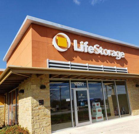 Life Storage - Leander - 10201 East Crystal Falls Parkway 10201 East Crystal Falls Parkway Leander, TX - Photo 4