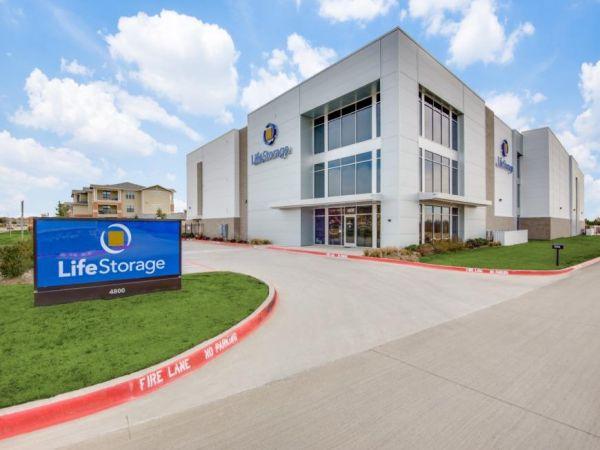 Life Storage - Lewisville - 4800 Windhaven Parkway 4800 Windhaven Parkway Lewisville, TX - Photo 0