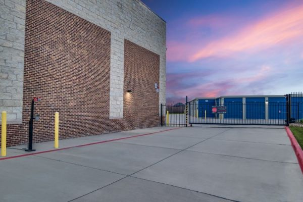 Advantage Storage - Panther Creek 11901 Farm to Market Road 423 Little Elm, TX - Photo 6