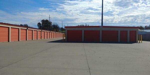 Lincoln Storage, LLC 6998 Loehr Road Newburgh, IN - Photo 0