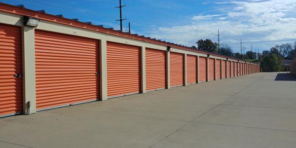 Lincoln Storage, LLC 6998 Loehr Road Newburgh, IN - Photo 1