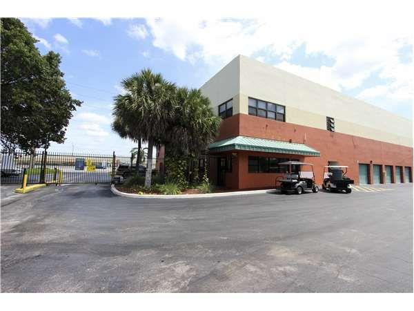 Extra Space Storage - Davie - W State Rd 84 6550 West State Road 84 Davie, FL - Photo 6