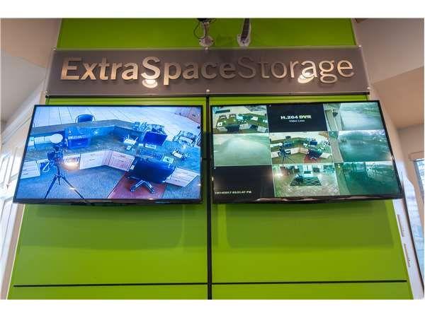 Extra Space Storage - Naples - Goodlette Road 10550 Goodlette-frank Road Naples, FL - Photo 4