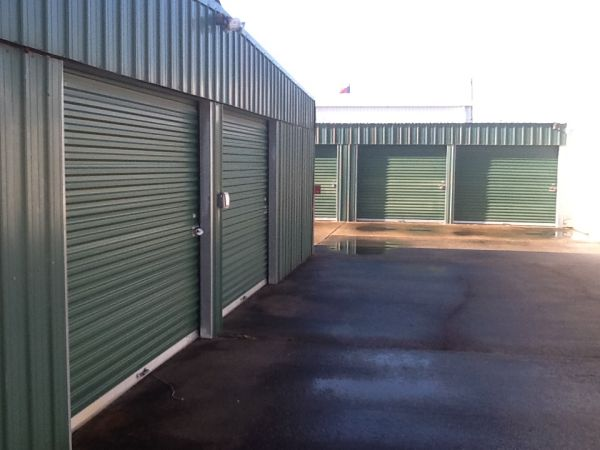 ABCD Storage 906 Reppert Street Bacliff, TX - Photo 2
