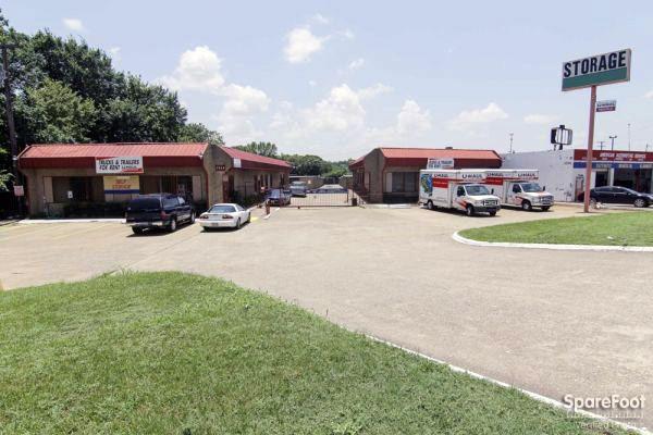 Oak Cliff Self Storage 3714 Marvin D Love Freeway Dallas, TX - Photo 2