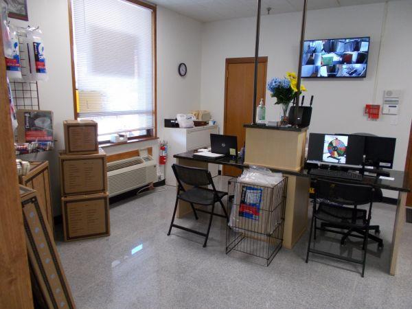 Storage of America - Rock Island 2832 5th Street Rock Island, IL - Photo 3