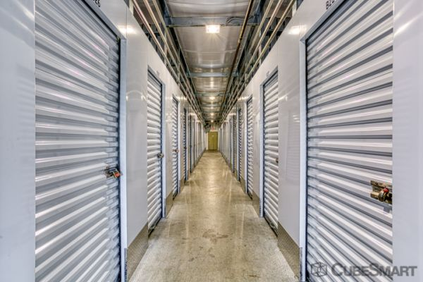CubeSmart Self Storage - Rocky Hill - 1053 Cromwell Ave 1053 Cromwell Avenue Rocky Hill, CT - Photo 3