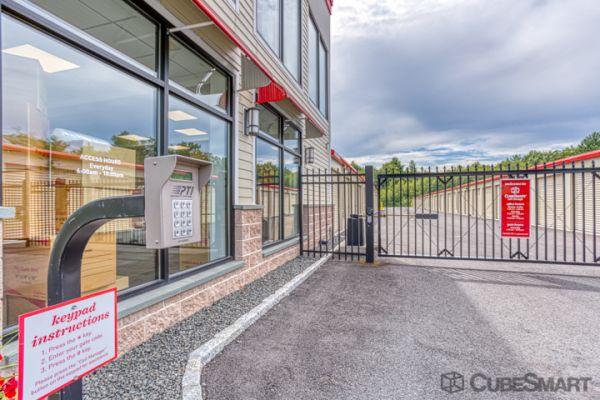CubeSmart Self Storage - Bloomfield - 101 Old Windsor Rd 101 Old Windsor Road Bloomfield, CT - Photo 7