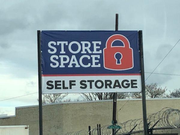 Store Space Self Storage - #1006 2001 West Erie Avenue Philadelphia, PA - Photo 0