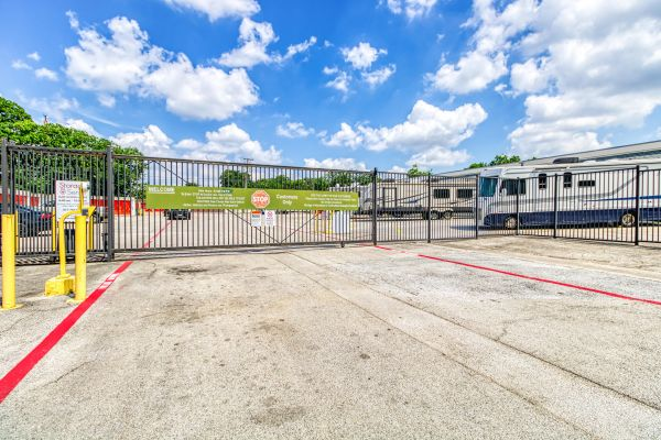 Storage Sense - Fort Worth 5700 River Oaks Boulevard River Oaks, TX - Photo 1