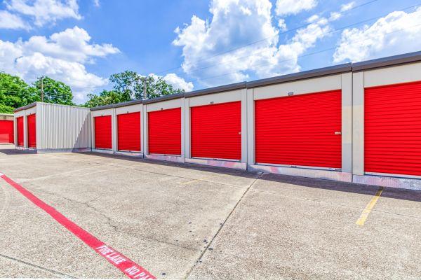 Storage Sense - Fort Worth 5700 River Oaks Boulevard River Oaks, TX - Photo 4