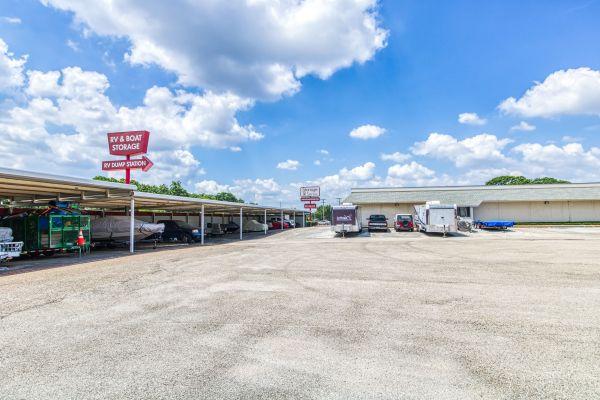Storage Sense - Fort Worth 5700 River Oaks Boulevard River Oaks, TX - Photo 8