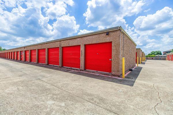 Storage Sense - Fort Worth 5700 River Oaks Boulevard River Oaks, TX - Photo 10