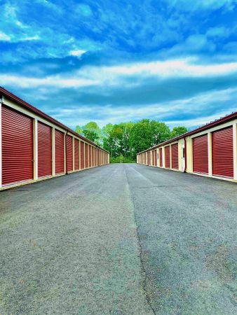 The Storage Barn of Newington 2211 Woodbury Avenue Newington, NH - Photo 4