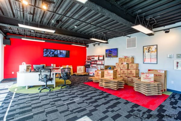 CubeSmart Self Storage - Tampa - 2460 S Falkenburg Rd 2460 South Falkenburg Road Tampa, FL - Photo 8