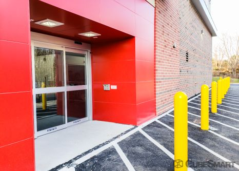 CubeSmart Self Storage - Ashburn - 45000 Russell Branch Pkwy 45000 Russell Branch Parkway Ashburn, VA - Photo 5