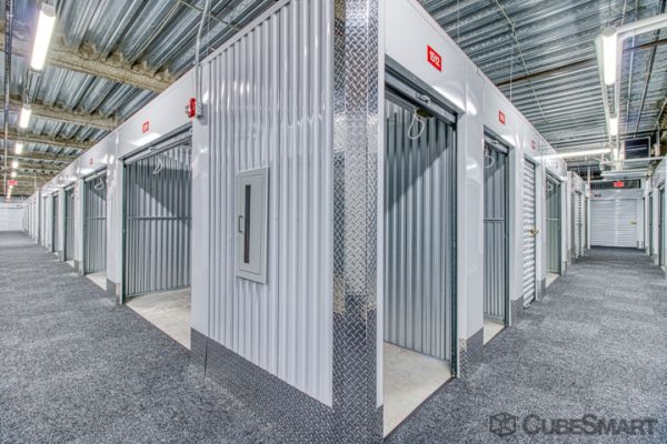 CubeSmart Self Storage - Ashburn - 45000 Russell Branch Pkwy 45000 Russell Branch Parkway Ashburn, VA - Photo 2