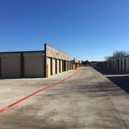 Raincross Storage 2100 Traders Road Greenville, TX - Photo 2