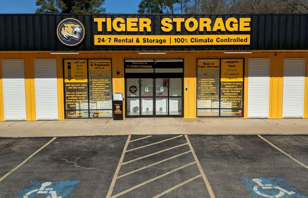 Spirit Self Storage - Tiger Storage: Mt. Pleasant, TX / 903. 500.2343 901 East Ferguson Road Mount Pleasant, TX - Photo 0