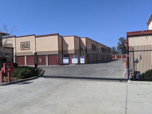 Life Storage - West Sacramento - 3280 Jefferson Boulevard 3280 Jefferson Boulevard West Sacramento, CA - Photo 2
