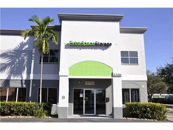 Extra Space Storage - Sarasota - 3265 University Pkwy 3265 University Parkway Sarasota, FL - Photo 5