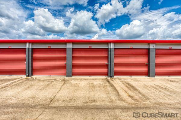 CubeSmart Self Storage - Conroe - 810 Gladstell Rd 810 Gladstell Road Conroe, TX - Photo 2
