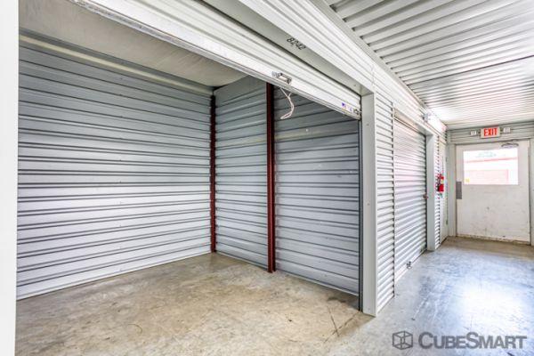 CubeSmart Self Storage - Conroe - 810 Gladstell Rd 810 Gladstell Road Conroe, TX - Photo 5