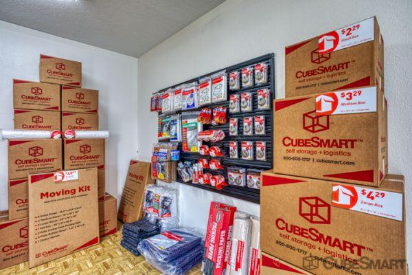 CubeSmart Self Storage - Conroe - 810 Gladstell Rd 810 Gladstell Road Conroe, TX - Photo 8