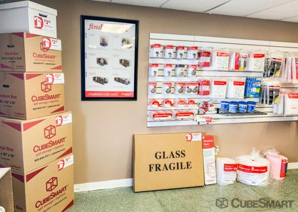 CubeSmart Self Storage - Tallahassee - 2424 Monticello Dr 2424 Monticello Dr Tallahassee, FL - Photo 7