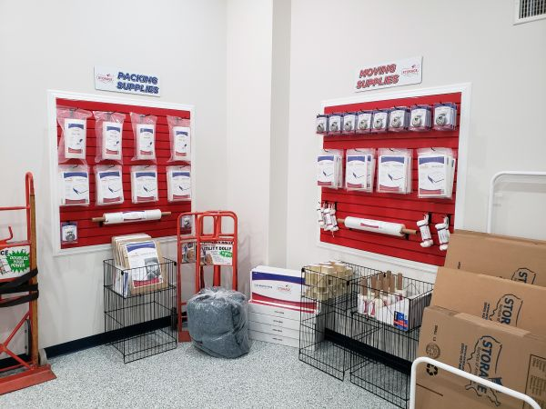 Storage Rentals of America - Lake Worth 2745 Lake Worth Road Lake Worth, FL - Photo 4