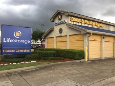 Life Storage - Houston - 12711 Westheimer Road 12711 Westheimer Road Houston, TX - Photo 6