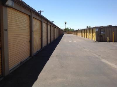Life Storage - Phoenix - 3641 West Camelback Road 3641 West Camelback Road Phoenix, AZ - Photo 5