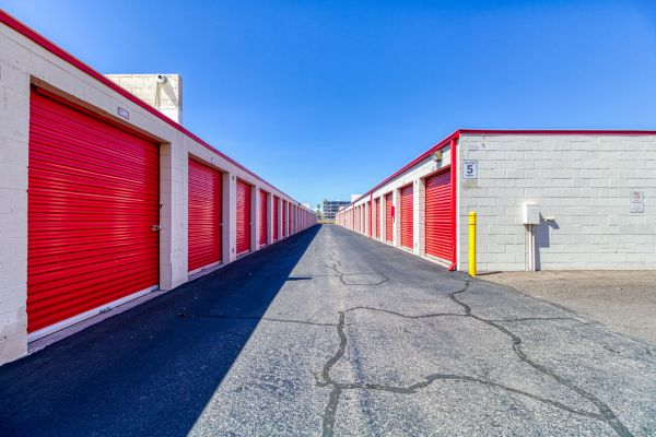 Storage Sense - Washington St. 3122 East Washington Street Phoenix, AZ - Photo 19