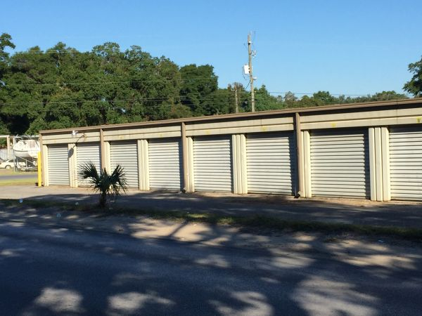 Emerald Coast Storage and U-Haul- New Warrington 121 North New Warrington Road Pensacola, FL - Photo 7