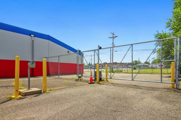 US Storage Centers - Crystal 5217 Hanson Court North Minneapolis, MN - Photo 6