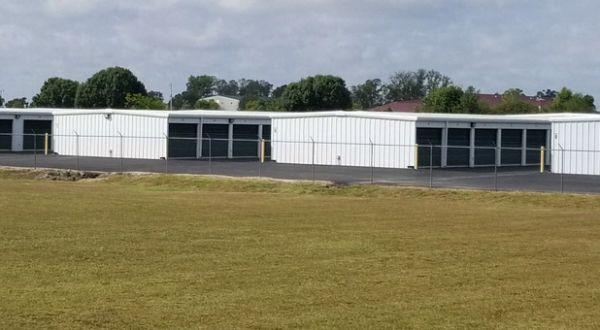 Superior Storage - Airport Blvd 3400 Southwest Municipal Drive Bentonville, AR - Photo 3