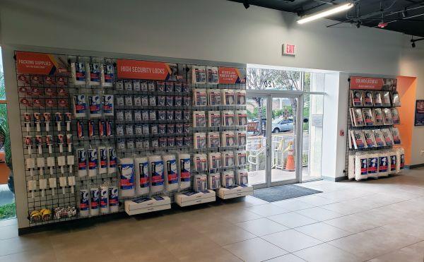 Value Store It - Miami Airport Center 7500 Northwest 25th Street Miami, FL - Photo 4