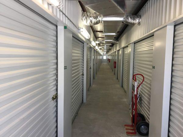 Handy Self Storage 16224 Texas 288 Business Angleton, TX - Photo 2