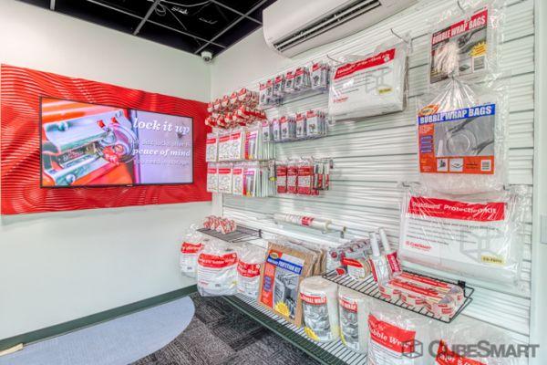 CubeSmart Self Storage - Woodinville - 15902 Woodinville-Redmond Rd 15902 Woodinville-Redmond Rd NE Woodinville, WA - Photo 7