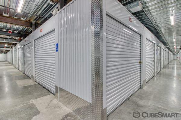CubeSmart Self Storage - Woodinville - 15902 Woodinville-Redmond Rd 15902 Woodinville-Redmond Rd NE Woodinville, WA - Photo 2