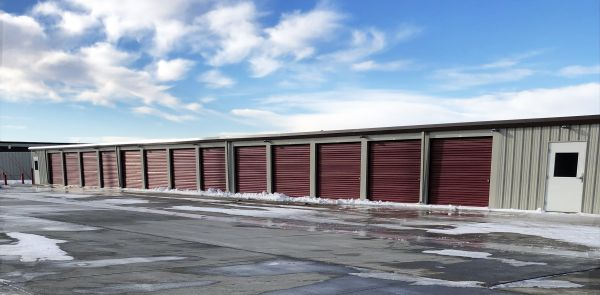 Storage 85 209 24Th Avenue Southwest Watford City, ND - Photo 10