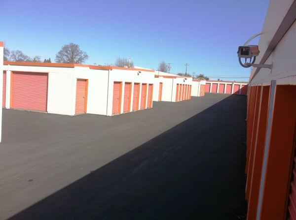 Sentry Storage - Greenback 9344 Greenback Ln Orangevale, CA - Photo 3