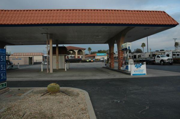 Mid-Town Jefferson Self Storage 27560 Jefferson Ave Temecula, CA - Photo 8