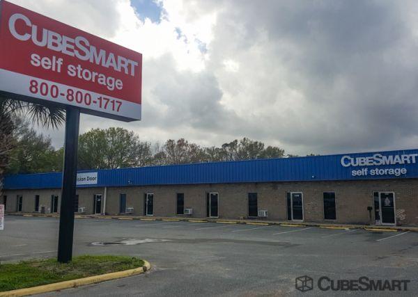 CubeSmart Self Storage - Lakeland - 3345 E Memorial Blvd 3345 US-92 E Lakeland, FL - Photo 0