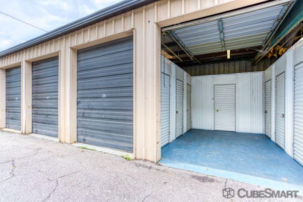 CubeSmart Self Storage - Lakeland - 3345 E Memorial Blvd 3345 US-92 E Lakeland, FL - Photo 2